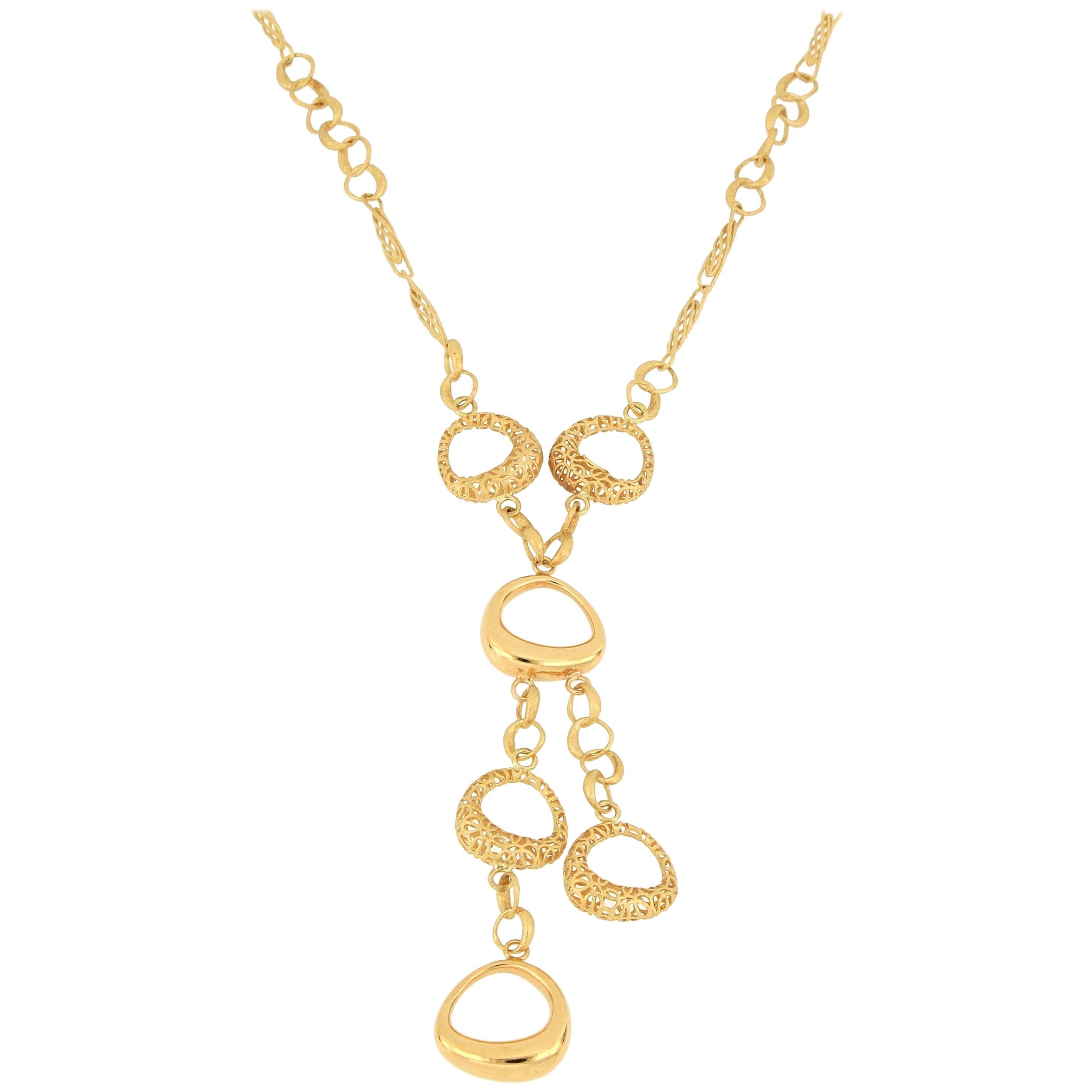 18 Karat Fabulous Gold Necklace
