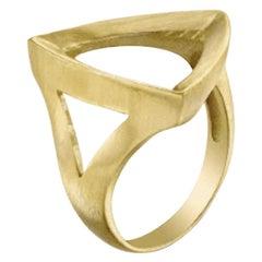 18 Karat Geometric Faceted Trilogy Ring