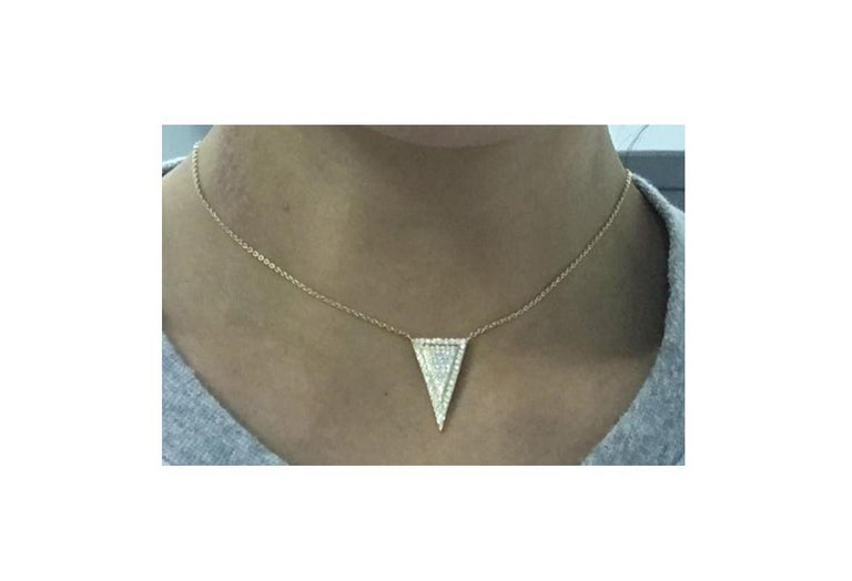 Gemstone: White Diamond Diamond Shape:  Round Brilliant   Composition: Solid Rose Gold 18k Diamond Carat Weight: 0.49 cts Gold weight: 4.26 Natural Conflict-free Diamonds  Chain length: Please add a note for the length you would like