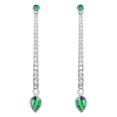 18 Karat Gold 0.81 Carat Diamonds 1.28 Carat Emerald Drop Earrings