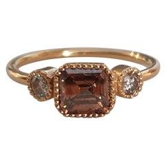 18 Karat Gold 0.97 Carat Brown Diamond Ring