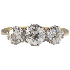 18 Karat Gold 1.10 Carat Diamond 3-Stone Trilogy Ring, circa 1920s