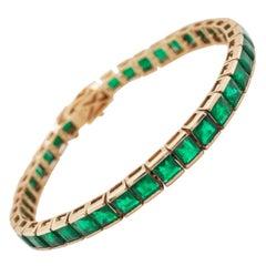 18 Karat Gold 13.85 Carat Square Emerald Tennis Line Bracelet