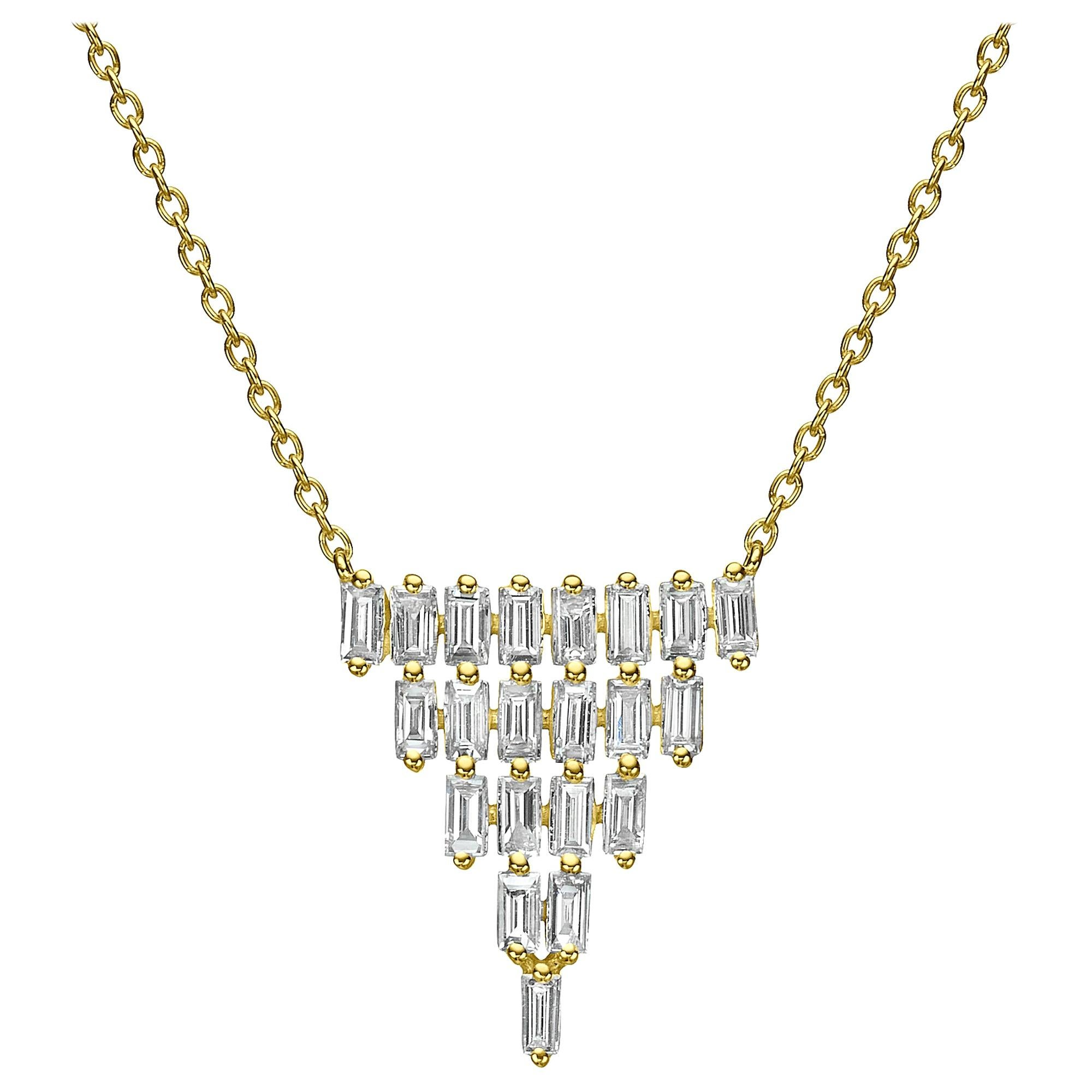 18 Karat Gold 1.59 Carat F Color VS Clarity Multi-Layer Triangle Diamond Pendant