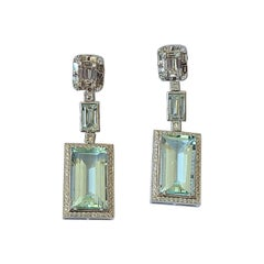 18 Karat Gold, 17.02 Carats, Natural Aquamarine & Diamonds Chandelier Earrings