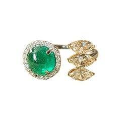 18 Karat Gold, 1.85 Carats Emerald Cabochon & Marquise Diamonds Cocktail Ring