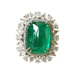 18 Karat Gold, 18.97 Carats Emerald Cabochon & Rose Cut Diamonds Cocktail Ring
