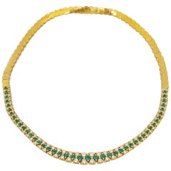 18 Karat Gold 3.68 Carat Emerald and 4.31 Carat Diamond Necklace and Bracelet