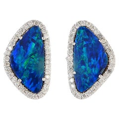 18 Karat Gold 4.04 Carat Opal Diamond Stud Earrings
