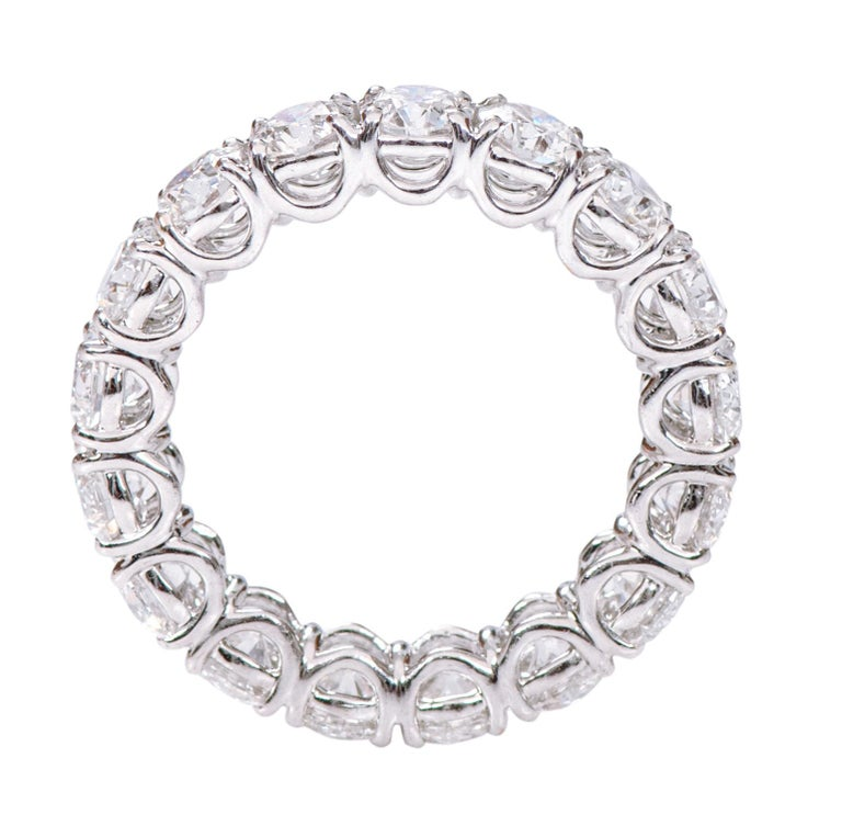Women's 18 Karat Gold 5.79 Carats GIA Certified Brilliant-Cut Diamond Eternity Band Ring For Sale