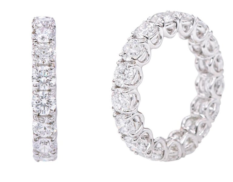 18 Karat Gold 5.79 Carats GIA Certified Brilliant-Cut Diamond Eternity Band Ring For Sale 1