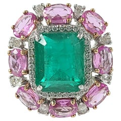 18 Karat Gold 7.24 Carat, Zambian Emerald and Pink Sapphire Cocktail Ring