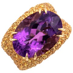 18 Karat Gold Amethyst and Yellow Sapphires Cocktail Ring