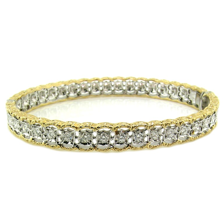 18 Karat Gold and 1.00 Carat Diamond Hand Engraved Bangle, Handmade in Italy In New Condition For Sale In Logan, UT