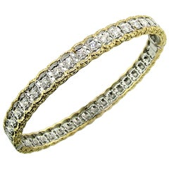 18 Karat Gold and 1.00 Carat Diamond Hand Engraved Bangle, Handmade in Italy
