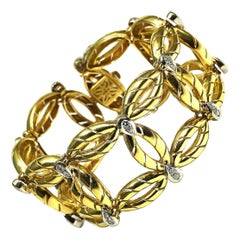 18 Karat Gold and 1.08 Carat Diamond Bracelet, circa 1950