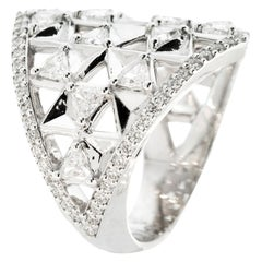 18 Karat Gold and 1.71 Carat Colorless Diamonds Shield Ring by Alessa Jewelry