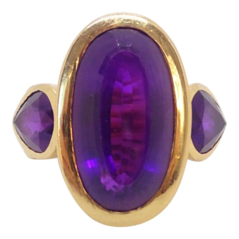 18 Karat Gold and Amethyst Ring, circa 1970 For Sale