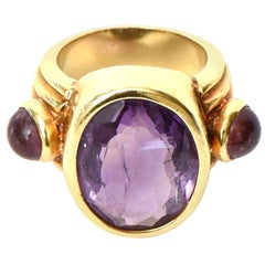 18 Karat Gold and Amethyst Ring Italian Vintage