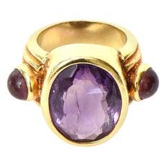 18 Karat Gold and Amethyst Ring Italian Vintage