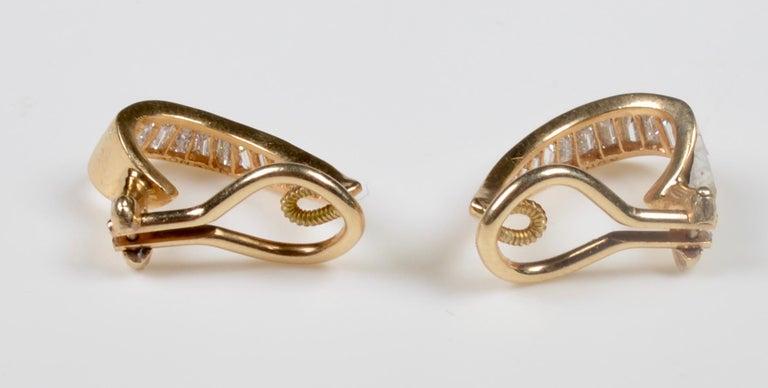 Baguette Cut 18 Karat Gold and Baguette Diamond Clip on Earrings For Sale