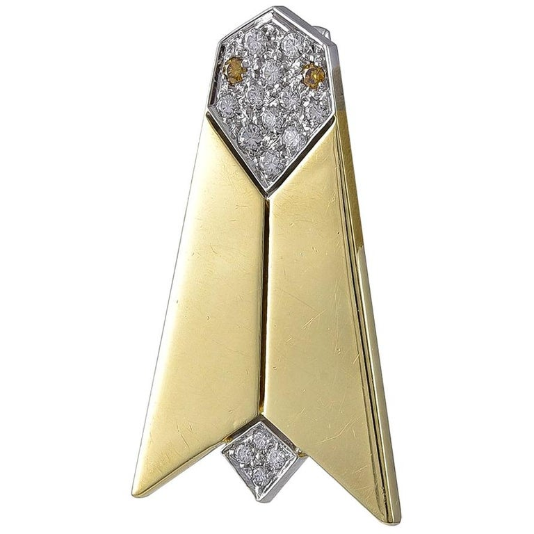 18 Karat Gold and Diamond Cicada Brooch by Pomellato of Milan For Sale