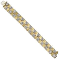 18 Karat Gold and Diamond Cluster Link Bracelet