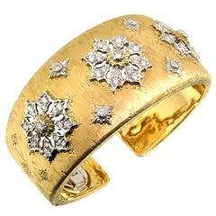 18 Karat Gold and Diamond Engraved Liliana Cuff, Handmade in Florence, Italy