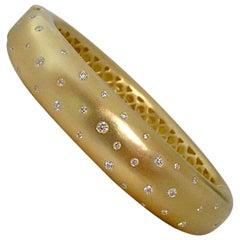 18 Karat Gold and Diamond Sky Bracelet