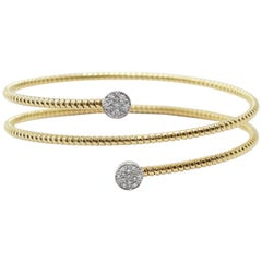 18 Karat Gold and Diamonds Double Bangle Bracelet in with Round Pavé of Diamonds