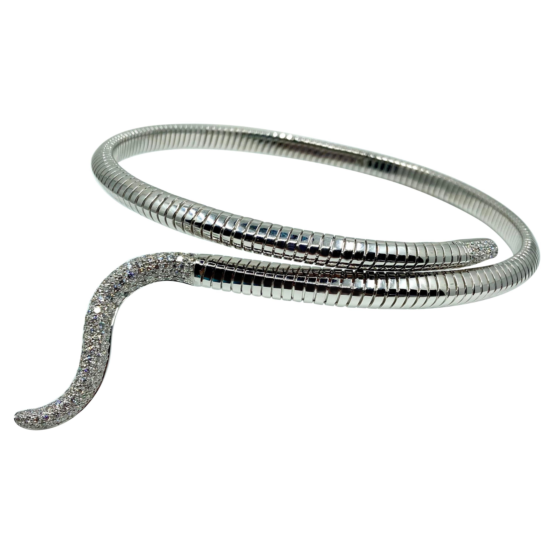 18 Karat White Gold Diamond Choker Necklace