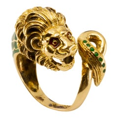 18 Karat Gold and Enamel Italian Lion Head Ring, circa 1960s