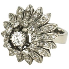 18 Karat Gold and Silver Diamond Daisy Flower Ring, 1960s