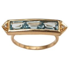 18 Karat Gold, Aquamarine and Diamond Ring