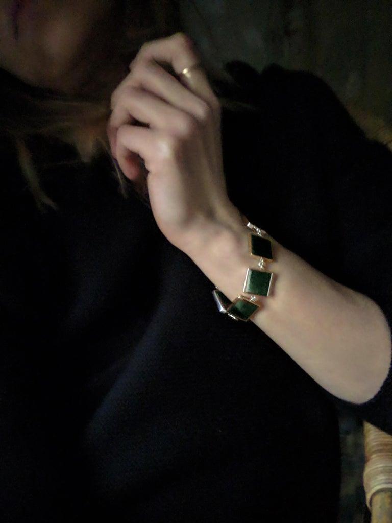 18 Karat Gold Art Deco Bracelet with Dark Green Quartzes, Featured in Vogue For Sale 5