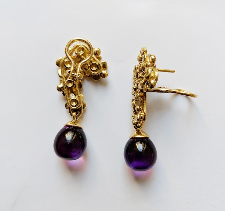 18 Karat Gold Modern Plum Blossom Cocktail Clip-On Earrings with Diamonds For Sale 4