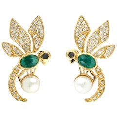 18 Karat Gold Bee Diamond Emerald Stud Earrings