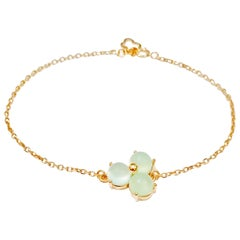 18 Karat Solid Yellow Gold Blue Blossom Flower Charm Chain Bracelet