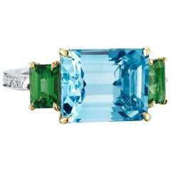 18 Karat Gold Blue Topaz 7.31 Carat, Green Tourmaline 1.3 Carat and Diamond Ring