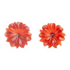 18 Karat Gold Brown Agate Flower Dahlia Handmade Italian Carved Stud Earrings