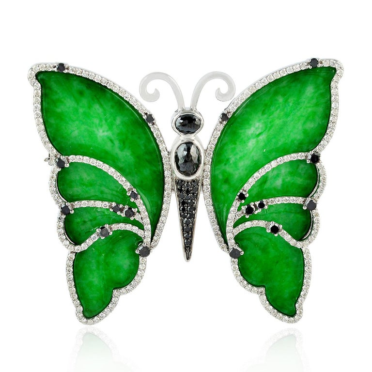 Artisan 18 Karat Gold Butterfly Jade Diamond Brooch For Sale