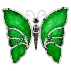 18 Karat Gold Butterfly Jade Diamond Brooch