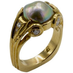 18 Karat Gold Classic Natural Abalone Pearl and Diamond Ring
