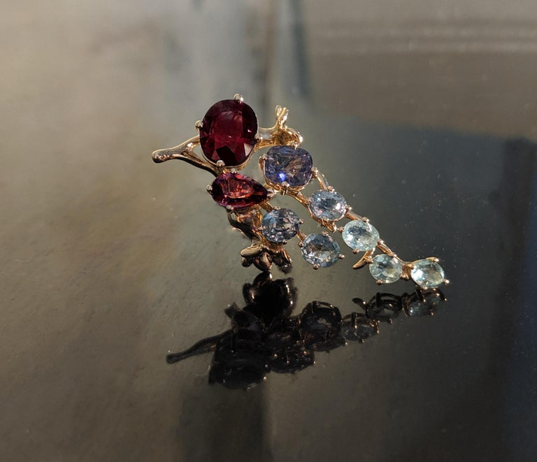 18 Karat Gold Cluster Brooch with 14 Carat Sapphires, and Paraiba Tourmalines For Sale 6