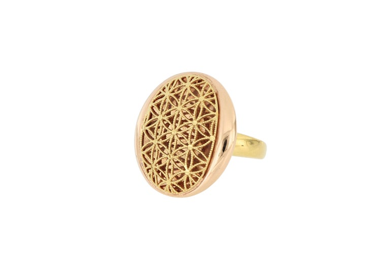 18 Karat Gold Cocktail Ring In New Condition For Sale In Macau, MO