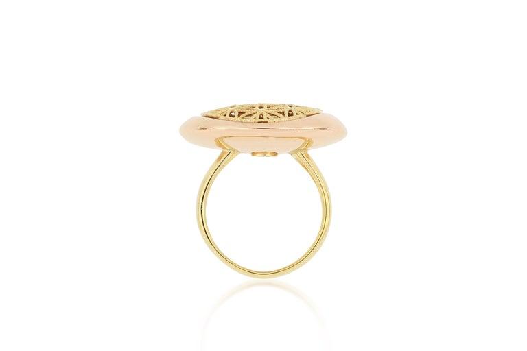 Women's 18 Karat Gold Cocktail Ring For Sale
