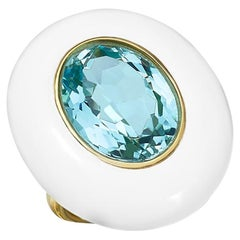 18 Karat Gold Cocktail Ring with Oval Sky Blue Topaz, White Agate, and Diamonds