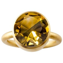 18 Karat Gold Cognac Quartz and Smoky Quartz Two-Stone Modern Cocktail Ring