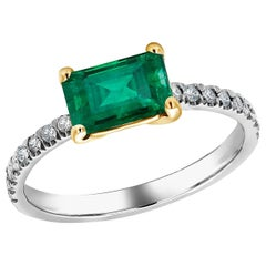 18 Karat Gold Columbia Emerald Diamond Cocktail Ring Weighing 1.70 Carat
