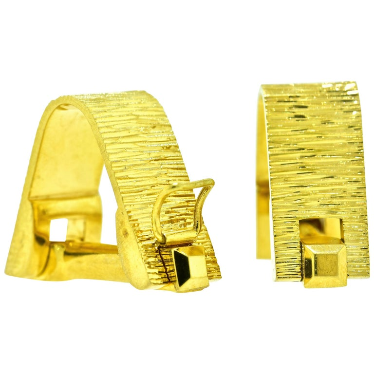 18 Karat Gold Cufflinks, circa 1955 For Sale